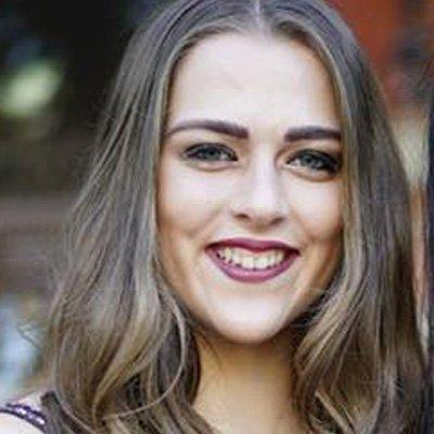 Jennifer-Theobald-Headshot-thegem-person